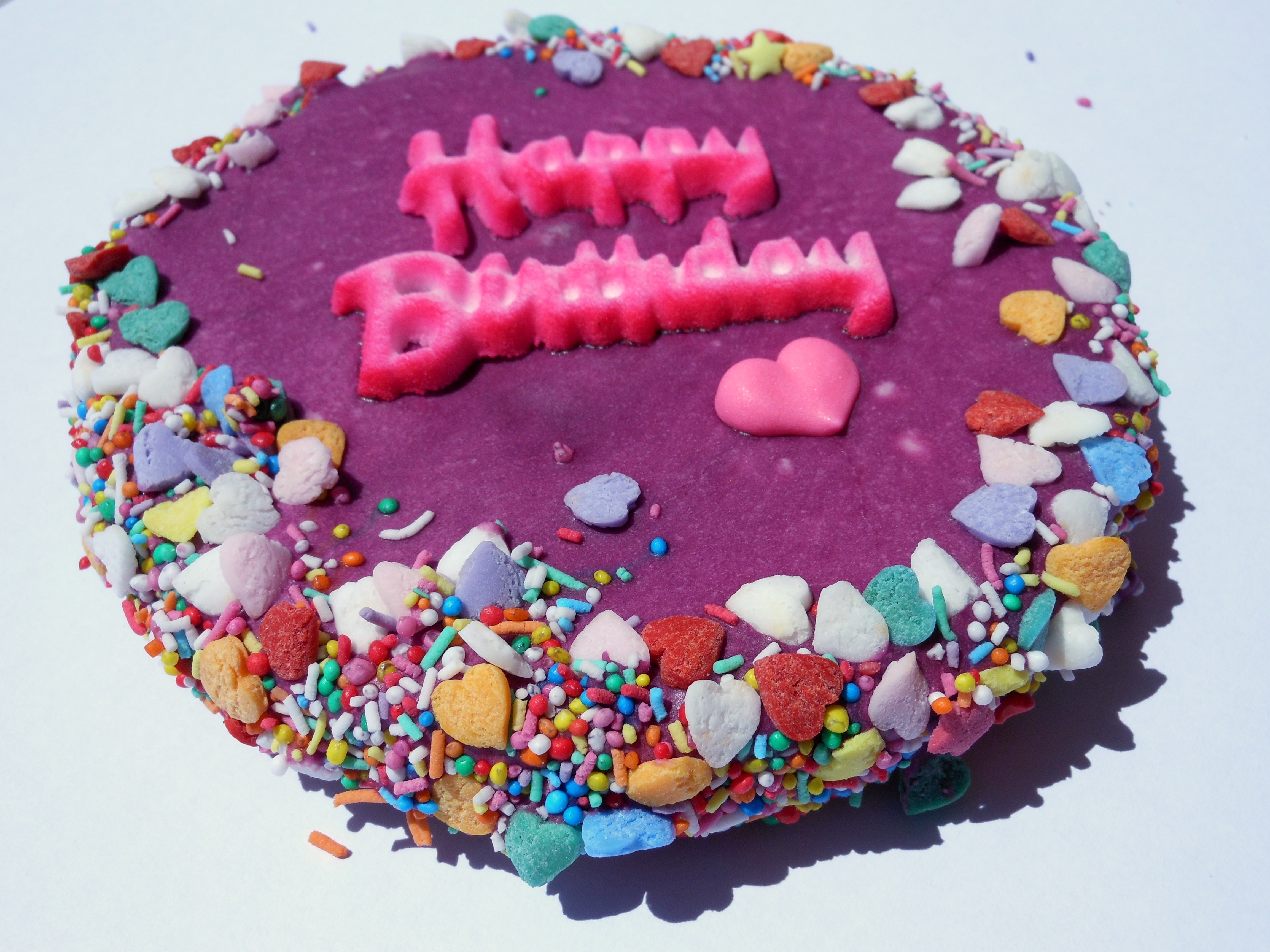 Huds-and-Toke-Yeeha-Birthday-Cake-Horse-Treats-Purple-and-Pink