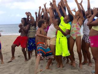 FISH 'N FINS Hosts 40 Children In Ocean Swim Club For ESCAPE Summer Workshop