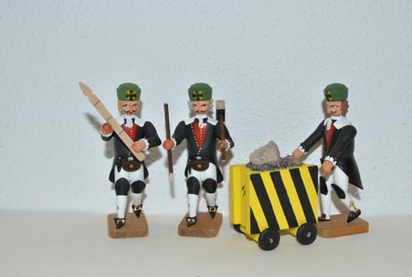Barokbergleute mit Werkzeugen .JPG