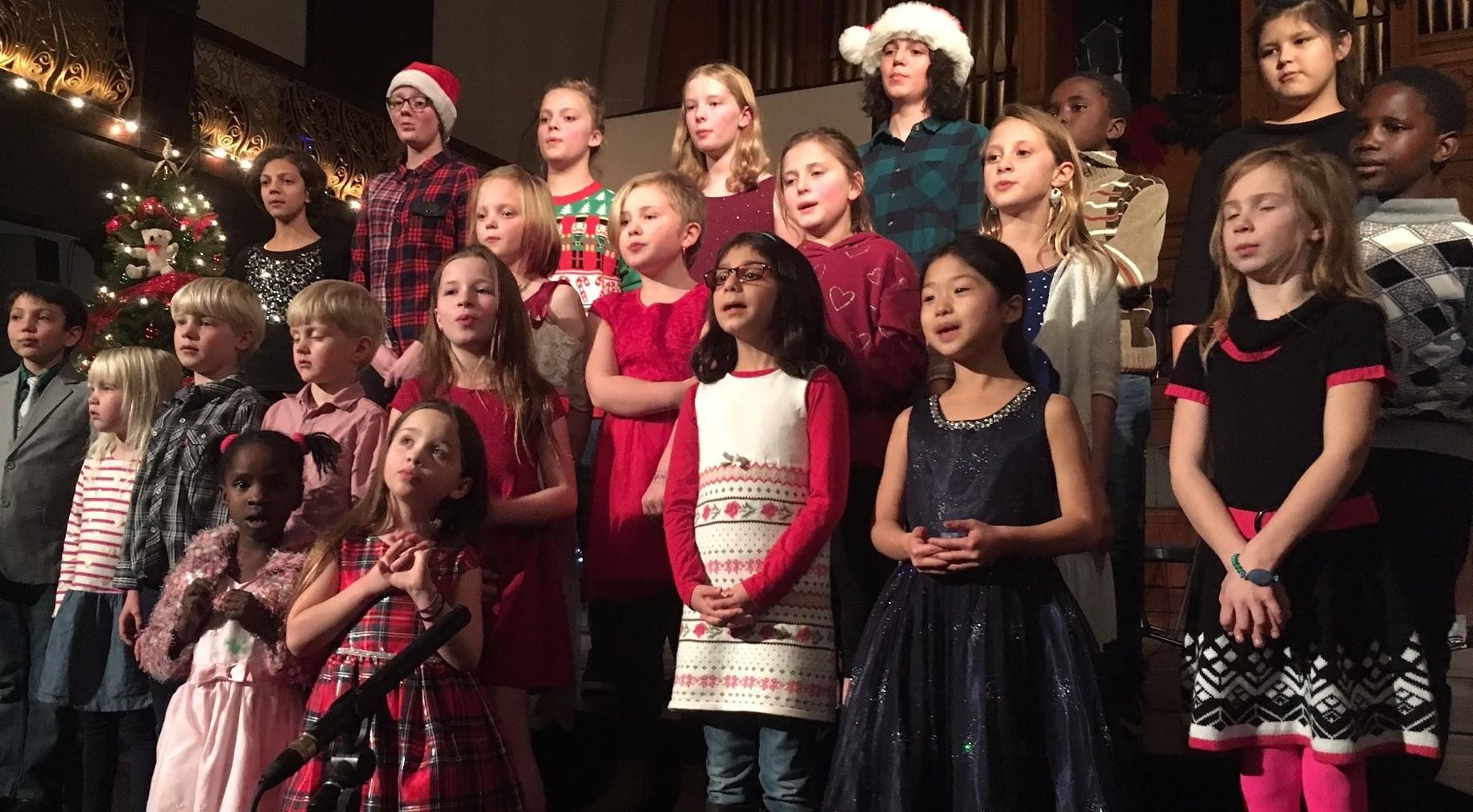 Childrens Choir Christmas 01