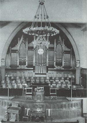 Trinity Methodist Church Interior 02.jpg