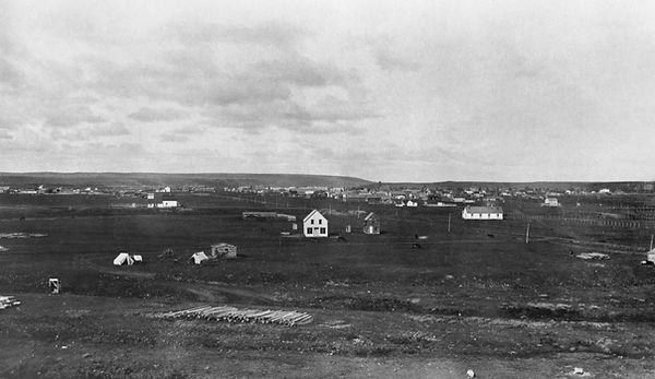 na-21-2 - Early Calgary 1880s.jpg