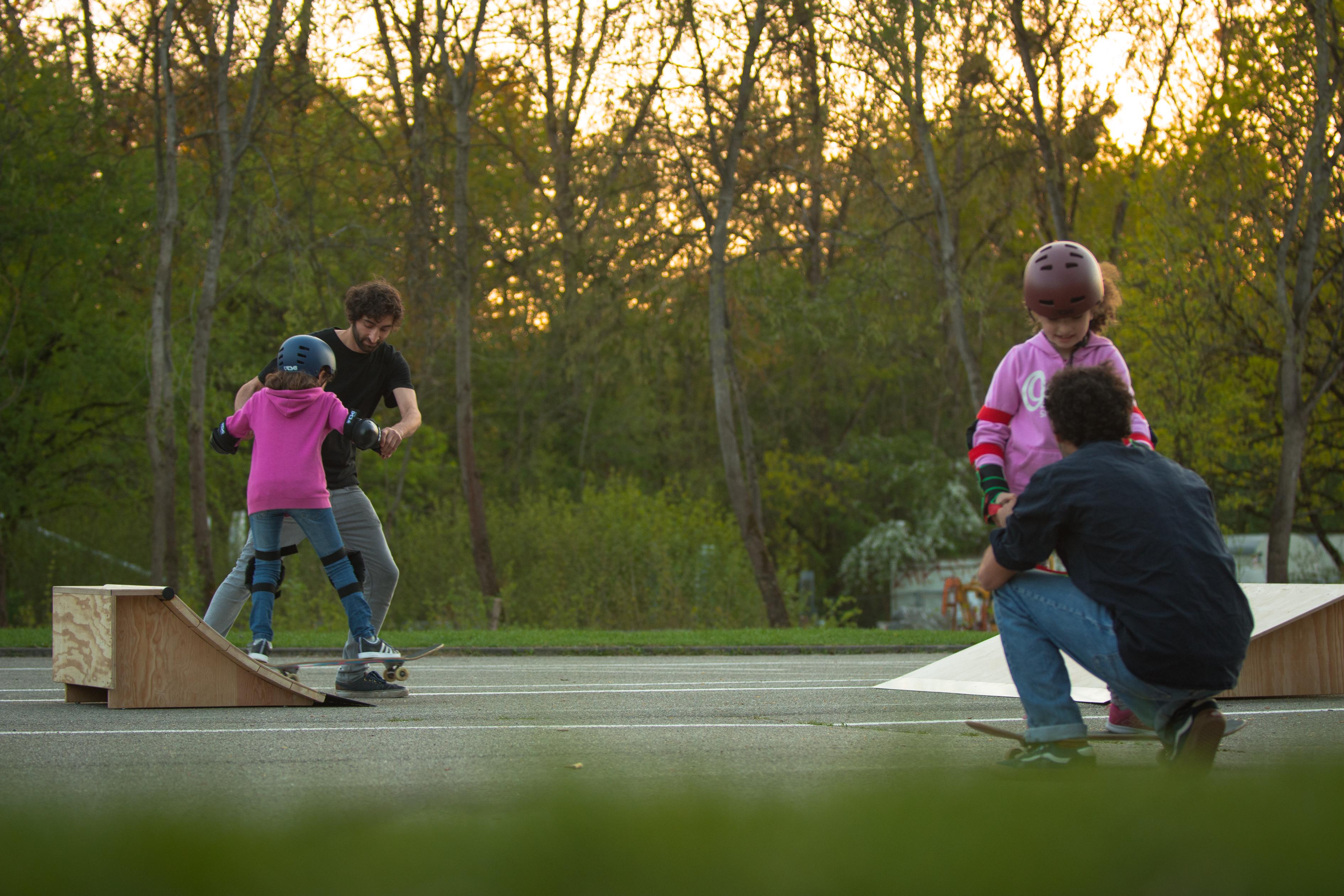 Skateboard Kurs mit Kindern