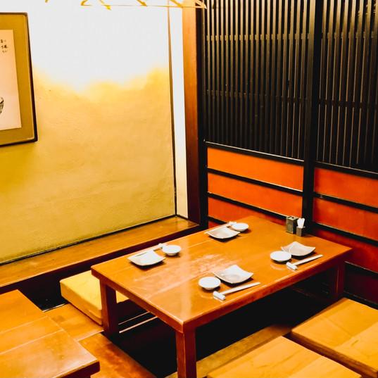 大広間 テーブル
