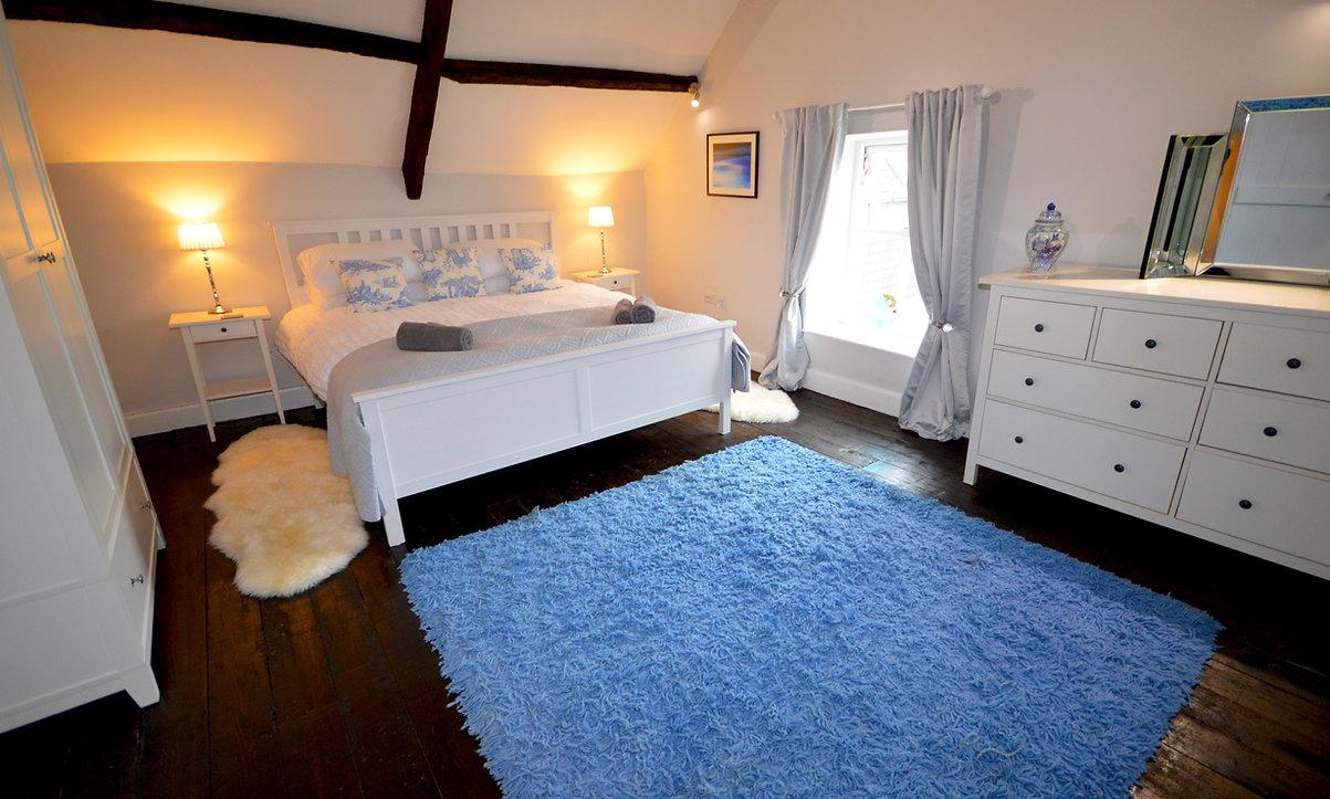 Bedroom3 (3).jpg