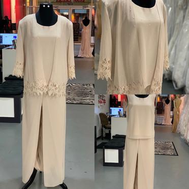 New Karen Miller Pant Suit size 10 $279
