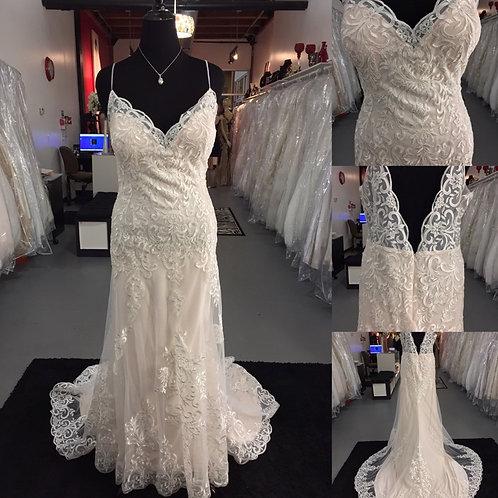 Abree Bridal size 22