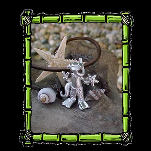 Snorkeler Gecko  Sterling Silver Pendant