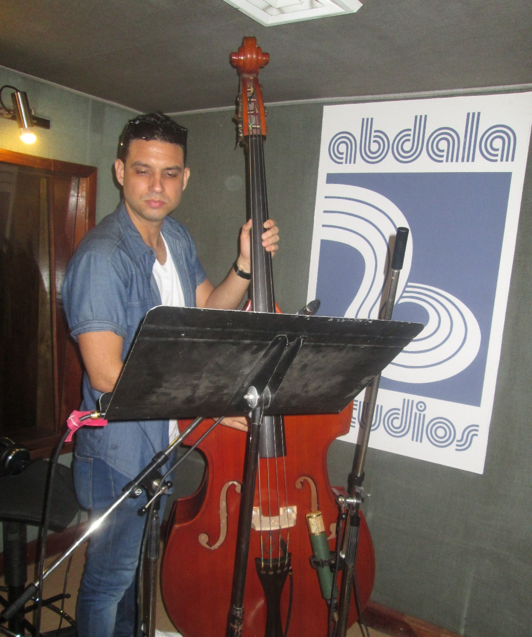 Yandy Martinez, double bass