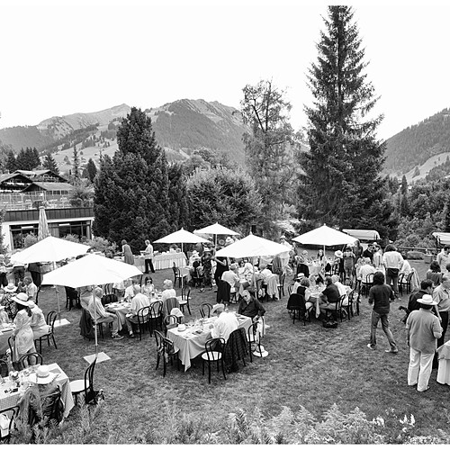 PICNIC CHIC FONDS LIONEL PERRIER, GSTAAD PALACE