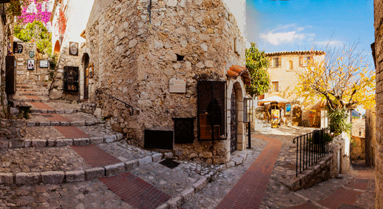 Èze - um vilarejo medieval na Côte d'Azur