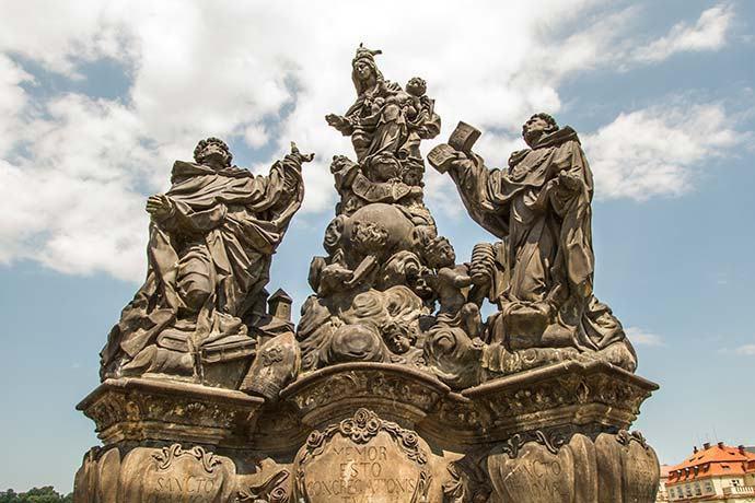 Madonna, São Domênico e São Tomás Aquino - Ponte Carlos - Praga - República Tcheca