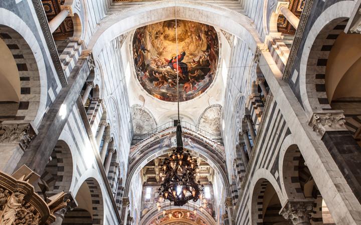 Interior da Catedral de Pisa