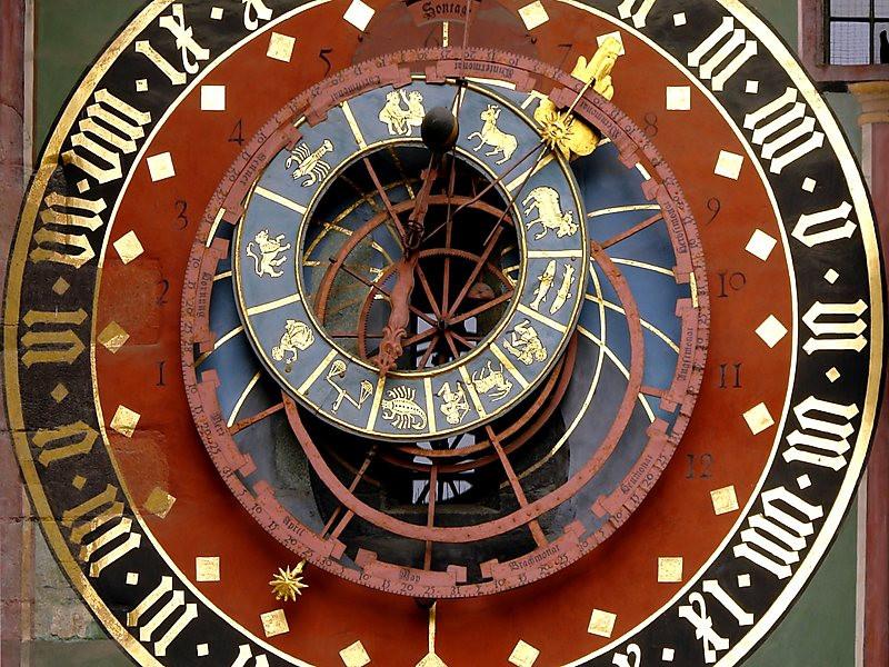 O fuso horário na Suíça.  Que horas são na Suíça?