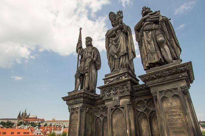 São Norberto, São Venceslau e São Sigismundo - Ponte Carlos - Praga - República Tcheca