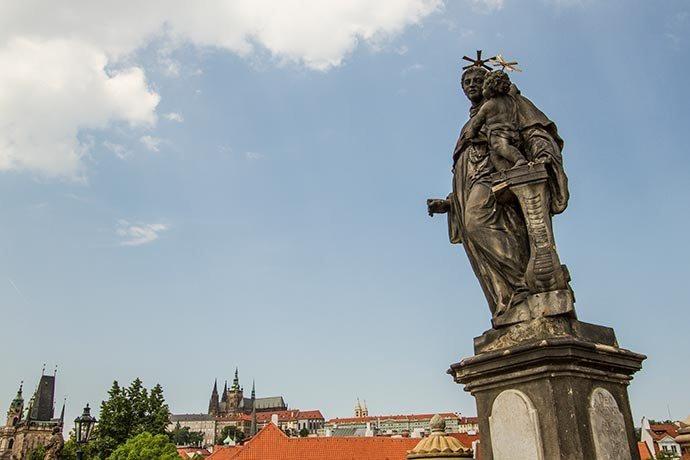 Santo Antônio de Pádua - Ponte Carlos - Praga - República Tcheca
