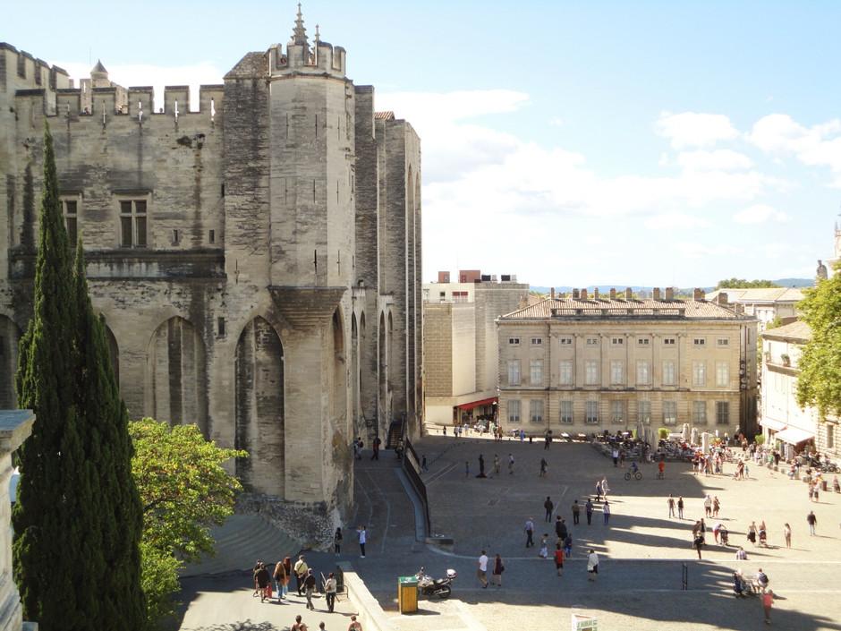 Avignon - uma cidade medieval na Provence