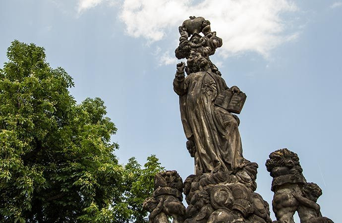 São Caetano - Ponte Carlos - Praga - República Tcheca