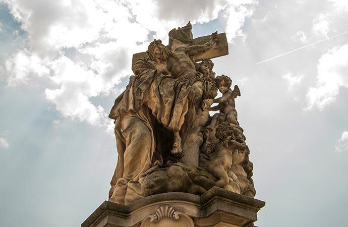 Santa Lutgarda - Ponte Carlos - Praga - República Tcheca