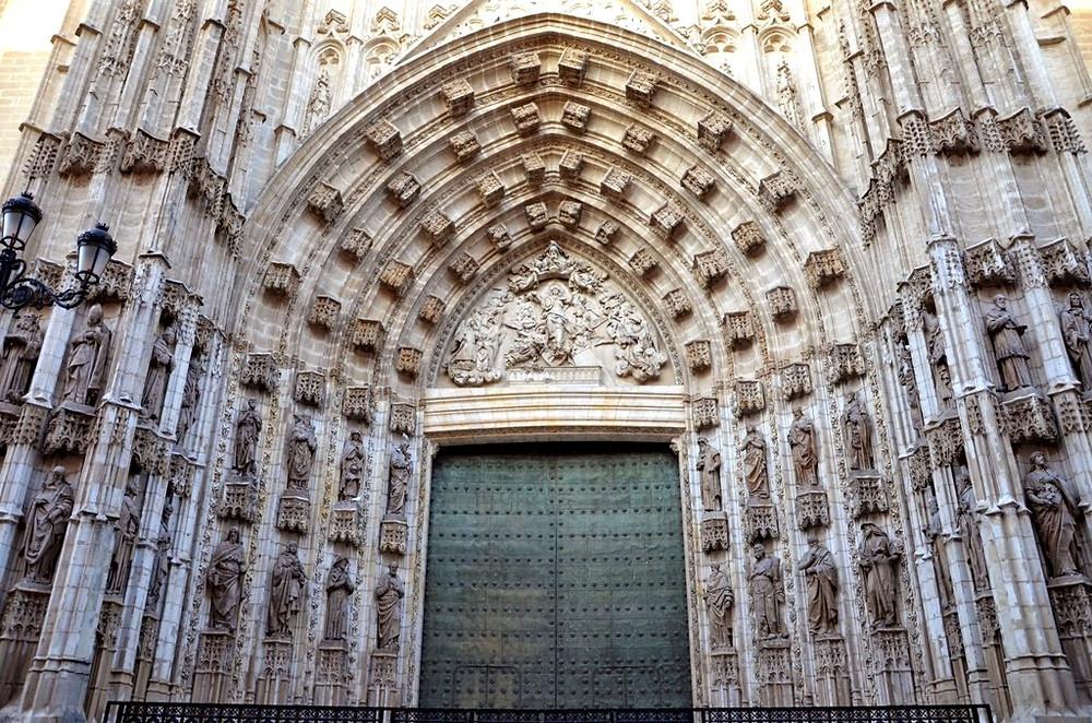 Puerta de la Asunción - Catedral de Sevilha - Espanha