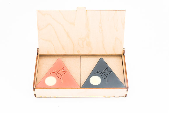 Boîte en bois et ses deux éléments