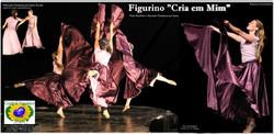 FIGURINO - CRIA EM MIM