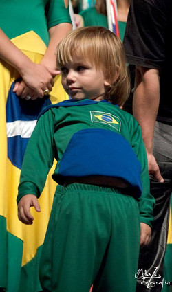 figurino brasil para criancas