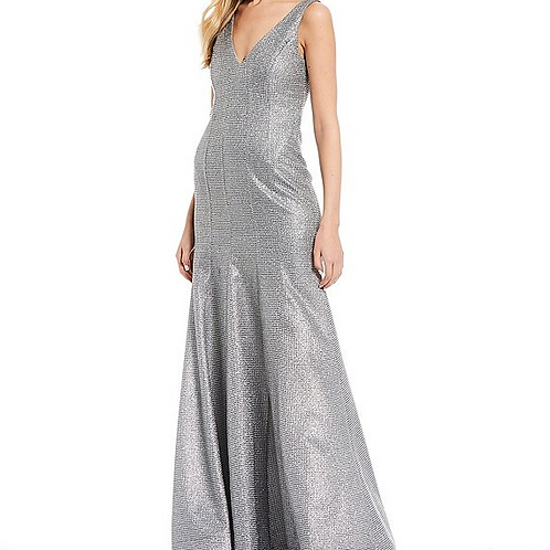 Sequin Hearts Sleeveless V-Neck Glitter Knit Trumpet Dress