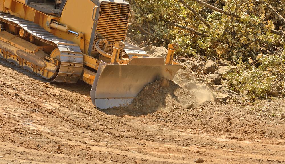 desmonte con bulldozer