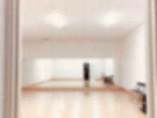リアクション2はなれ_ダンススタジオ内観.jpg