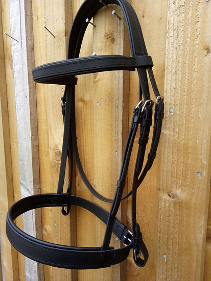 Traditional Bridle with Caveson Noseband