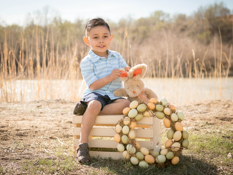 Easter Mini Sessions | Grand Junction Family Photography