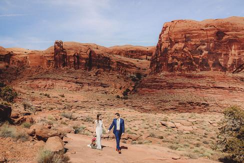 Moab Utah Desert Elopement-69.jpg