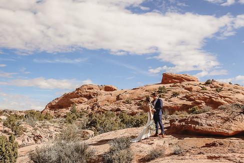 Moab Utah Desert Elopement-44.jpg