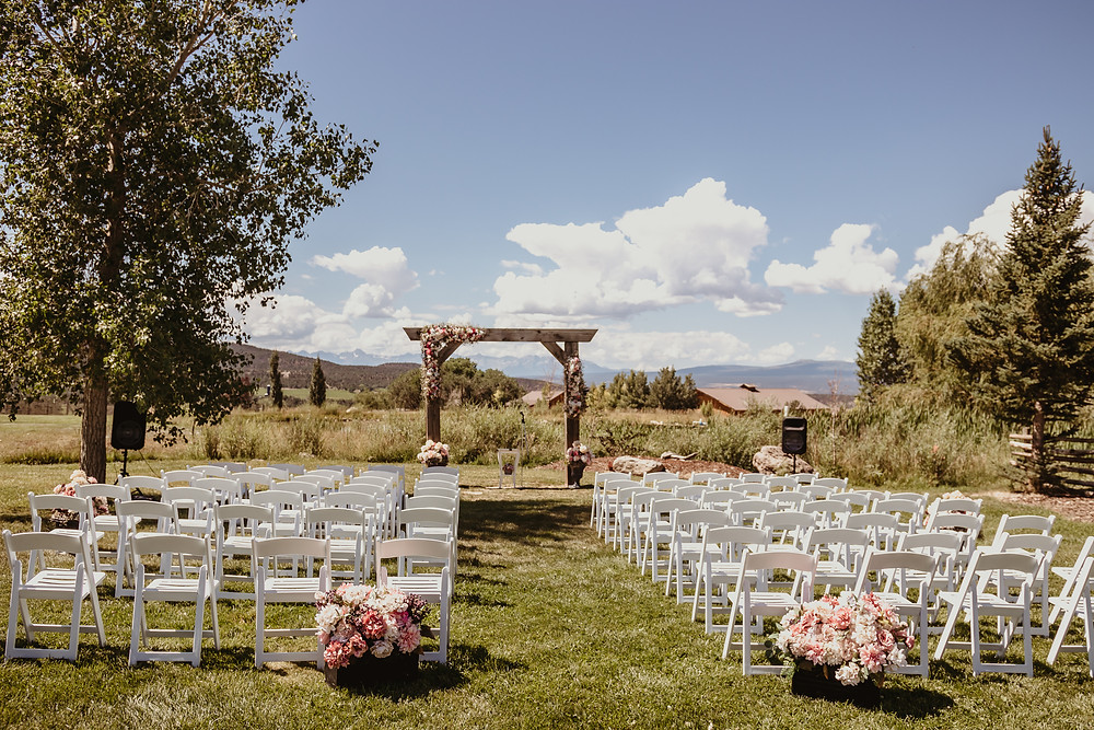 Antler Ridge Events Montrose Colorado barn wedding venue outdoor ceremony site