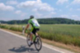 road-bike-3469497_1280.jpg