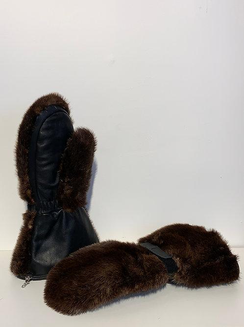 Mitaine de Loutre du Labrador