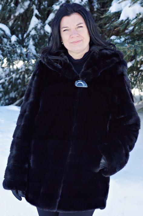 Manteau vison noir horizontale