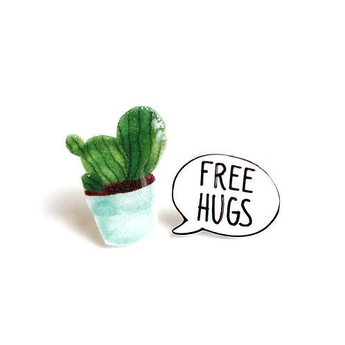 FREE HUGS - naušky puzetky