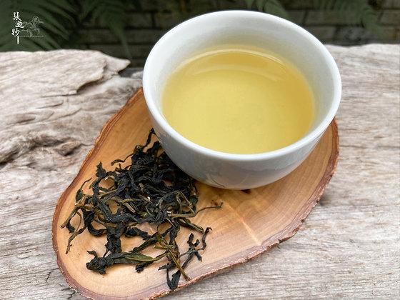 Baozhong Tea