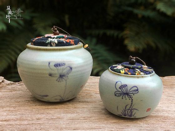 Ru-Kiln Tea Caddy with Hand-Painted Lotus