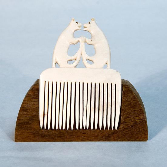 Bear comb