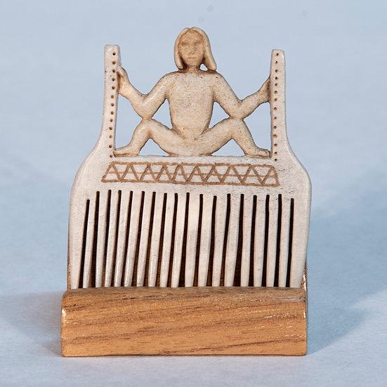 Comb (C159)