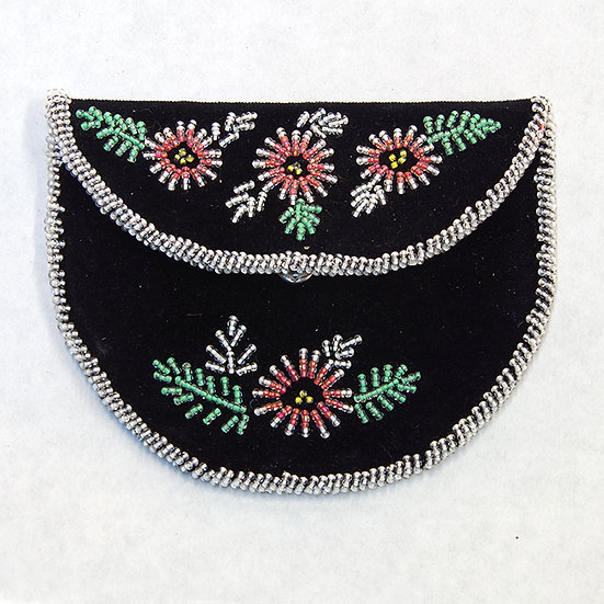 Black Beaded Fist Purse (88:92)