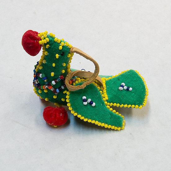 Beaded Green Bird (81:70)