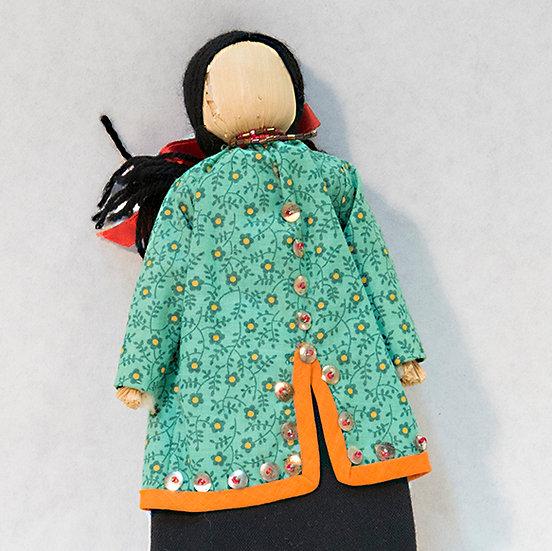 Cornhusk Doll in Green Dress (16:17)