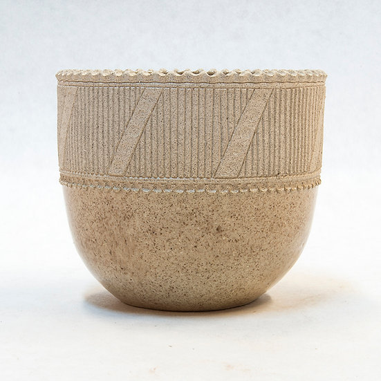 Small Pot with Geometric Design (99:23)
