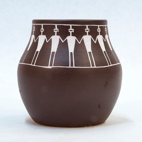 Dark Brown Pot (86:20)