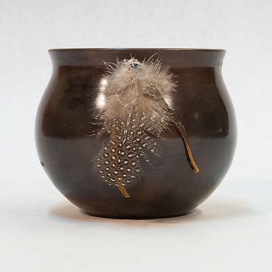 Small Glazed Pot with Feather (87:447)