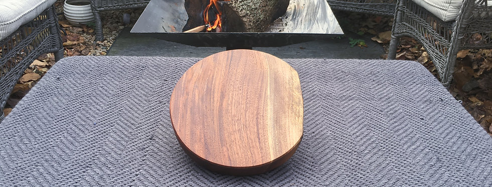 Walnut Round Presentation Board